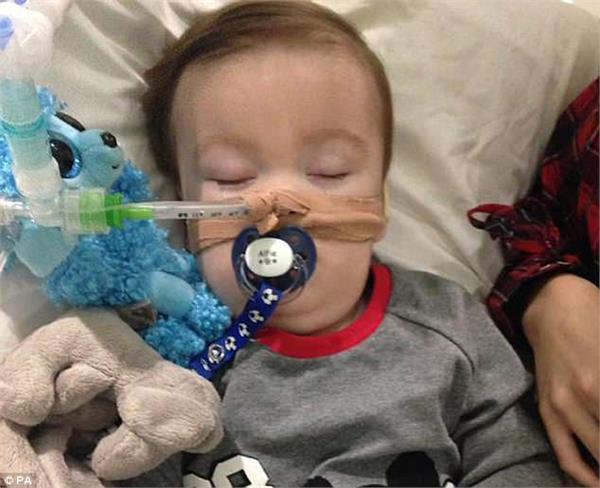 uk judge rejects bid to take sick toddler alfie evans abroad