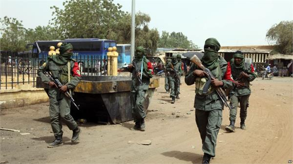 suspected jihadists kill 40 civilians in northeast mali