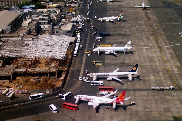mumbai airport will be closed for 2 days