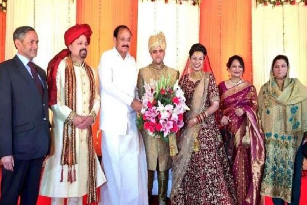 tina dabi and aamir grand reception in delhi
