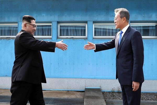dictator kim jong cross border of south korea