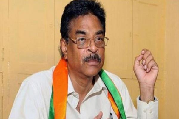 andhra pradesh bjp president resigns
