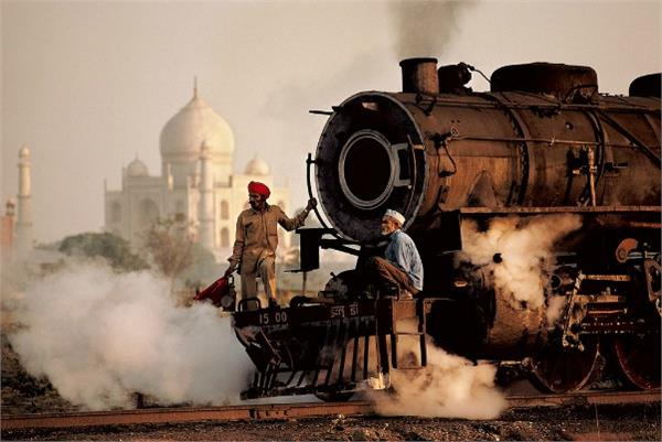 first passenger train runs today 165 years ago in india