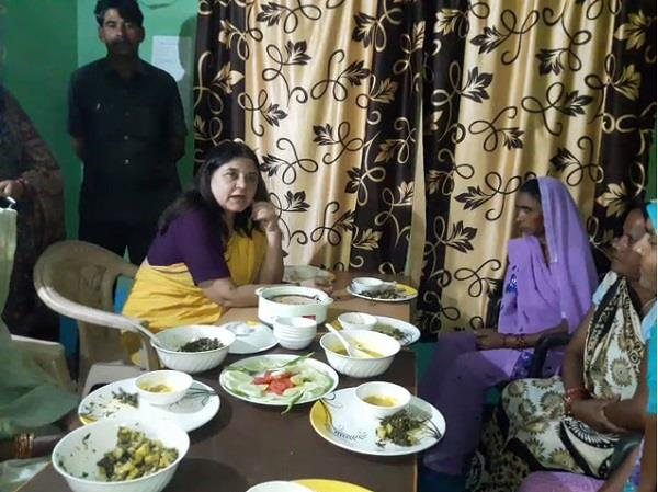pilibhit reached maneka gandhi dalit women s house food