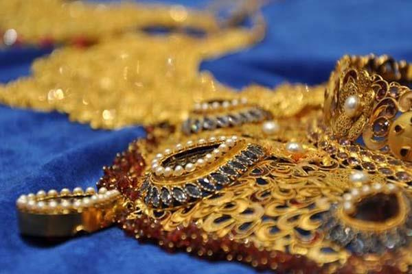 gold and silver prices slumped due to demand demand