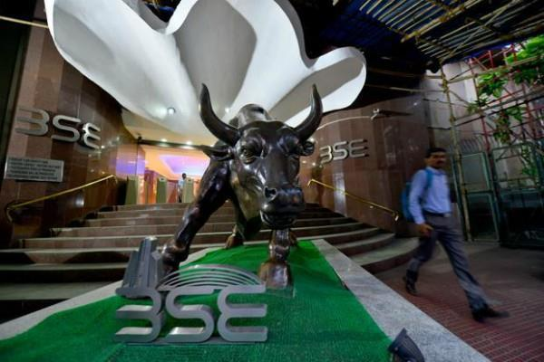 sensex rises 161 points and nifty closes above 10450