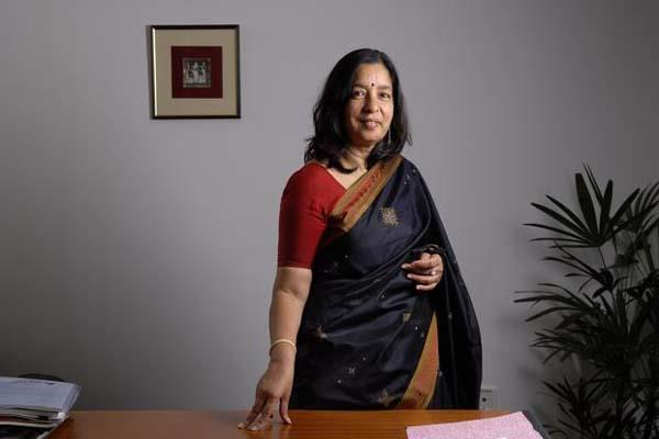 rbi questions axis bank ceo reappointment