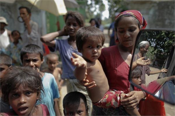 indonesian fishermen rescued rohingya muslims