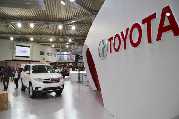 tax cars on the basis of emission not engine size toyota kirloskar