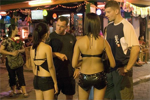 real life of bar girls in thailand