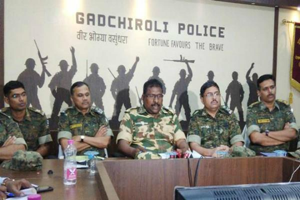 gadchiroli encounter naxals claim that police gave poison to cadres