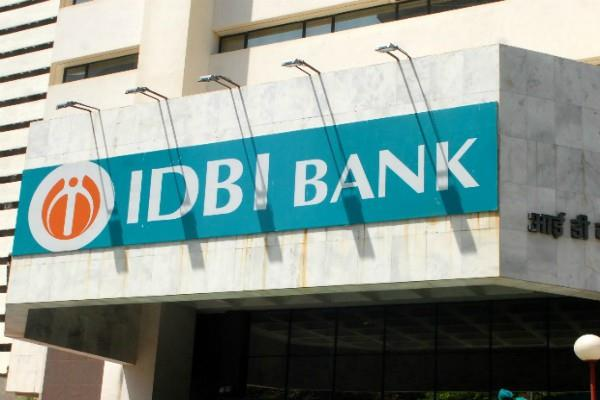rbi fined rs 3 crore to idbi bank