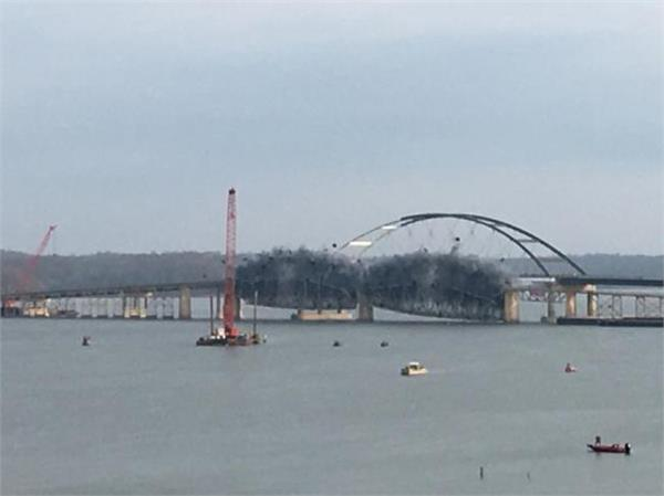 crews demolish old lake barkley bridge in ky