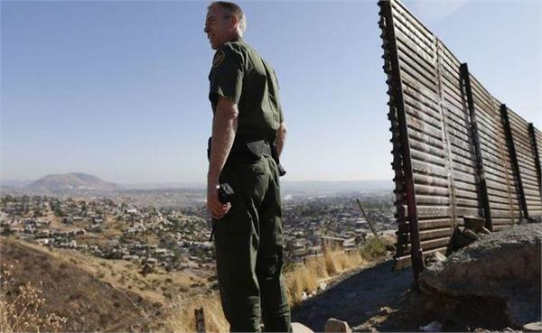 president trump orders national guard troops to the us mexico border