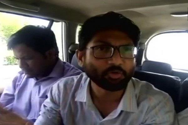 jignesh mevani arrested at jaipur airport