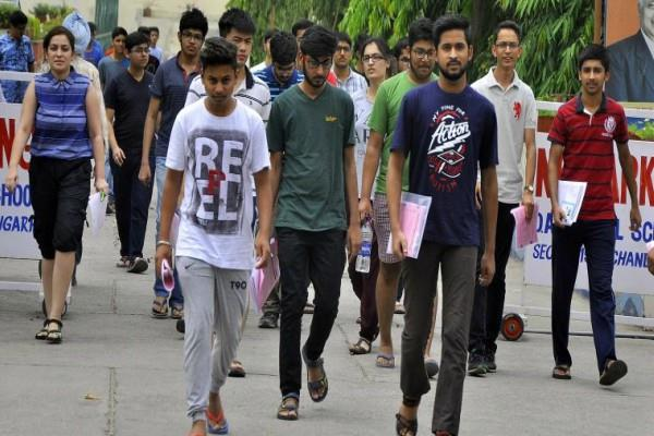 cbse jee main 2018 this is top 10 rank holder know how much cut off
