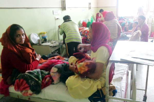 2 2 patients seen on one bed as soon as cm gone