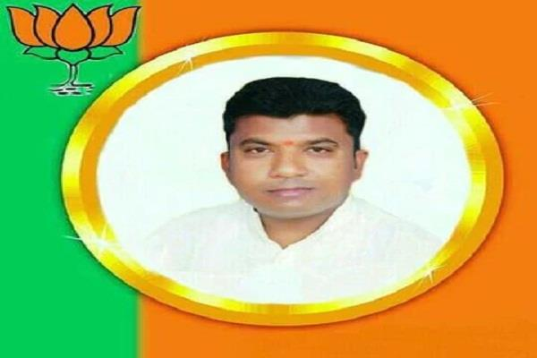 up bjp leader pawan kesari shot dead in phulpur