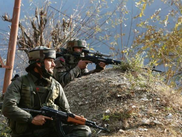 pak soldiers firing in karnah sector of kupwara