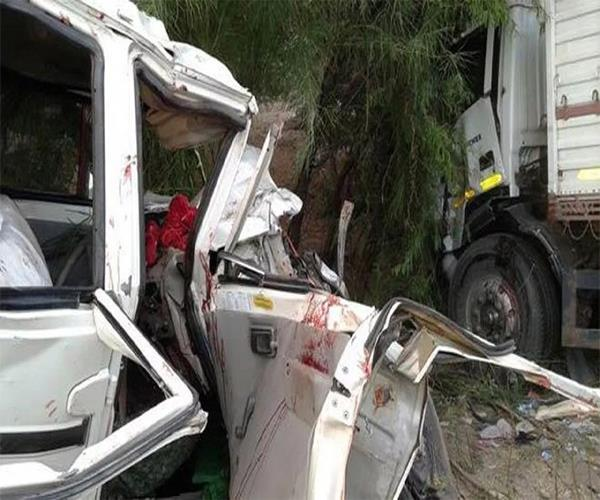 jaunpur truck and jeep crashes 4 painful deaths of pilgrims