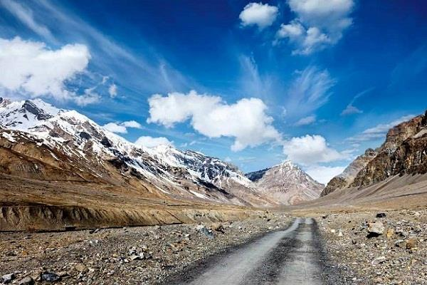 himachal will build second road at the highest altitude of the world