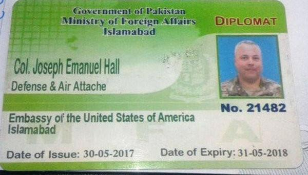 us diplomat involved in car crash leaves pakistan