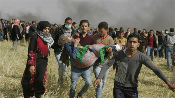 gaza one killed in israeli attack more than 100 injured