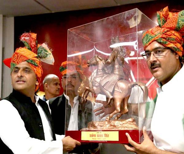 akhilesh speaks on maharana jayanti politics of division of society bjp