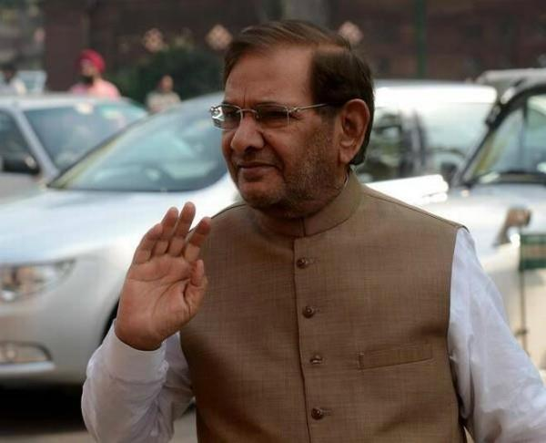 sharad yadav gets final notice on eviction