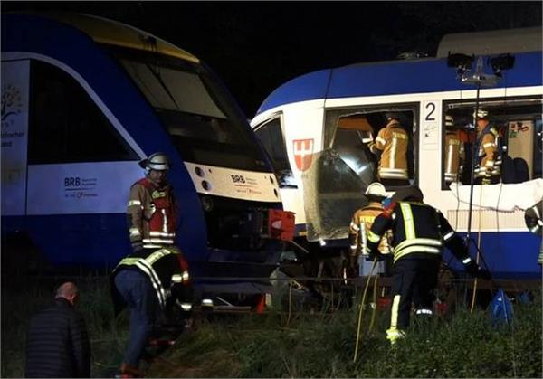 germany train crash 2 died many injured