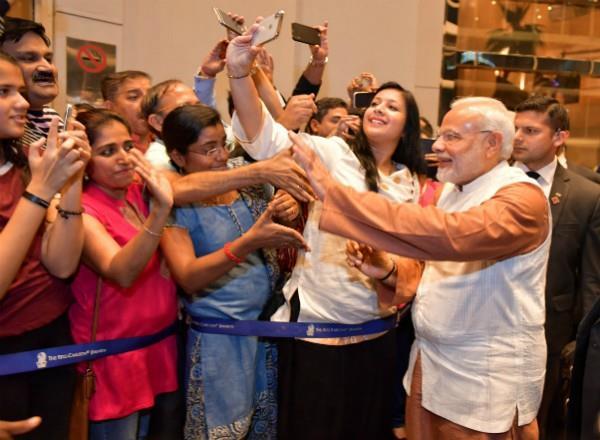 big fan following of modi in jakarta