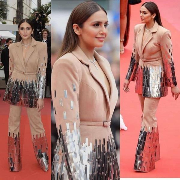 Cannes 2018: गाउन को छोड़ ऐसी ड्रेस पहन रैड कार्पेट पर उतरी हुमा कुरेशी