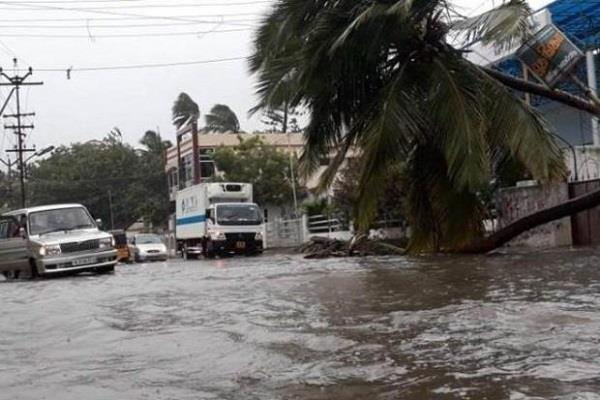 the threat of cyclonic storm in many states of the country