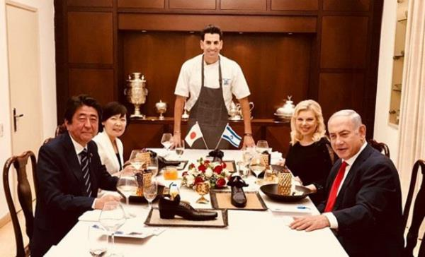 netanyahu serve desert tojapan s pm abe in a shoe