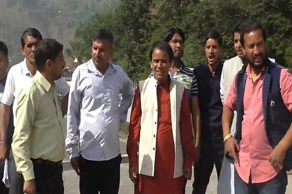 dhan singh rawat visits ghat area