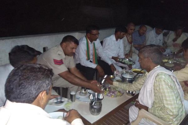 bjp leader khayya paneer rasgulla and barfi reached