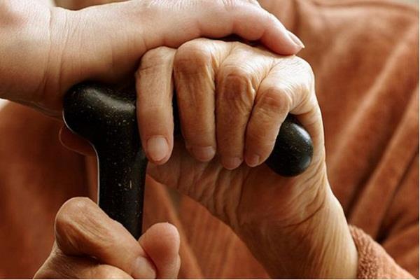 narendra modi prison elderly parents law