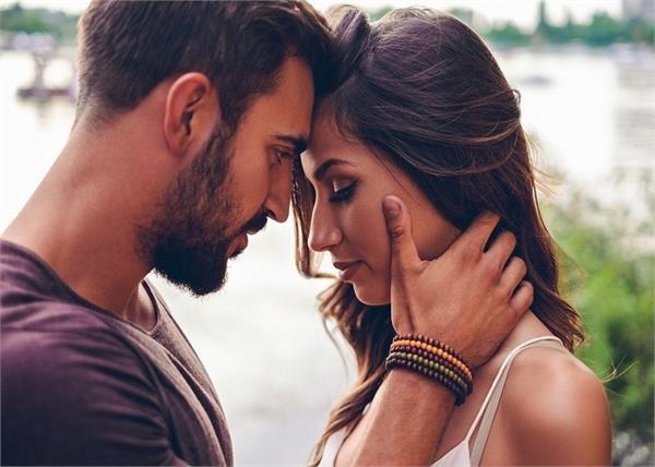 गर्लफ्रेंड की इन 5 इच्छाओं को कभी पूरा नहीं कर पाते ब्वॉयफ्रेंड - these-5-wishes-of-girlfriend-boyfriend-can-never-be-fulfilled - Nari Punjab Kesari