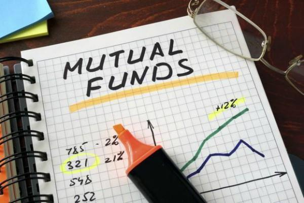 investors invested 1 4 lakh crores in the mutual fund in april