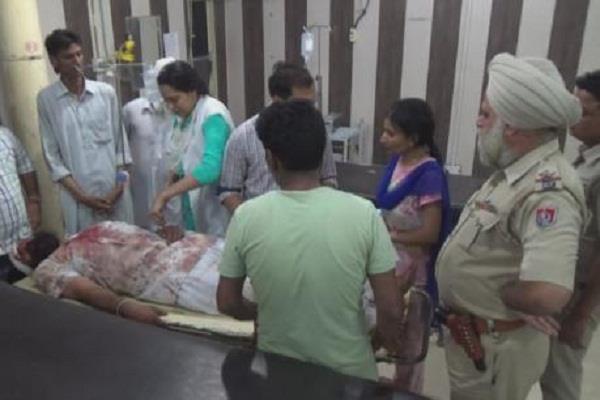 blood clash in bathinda policeman injured