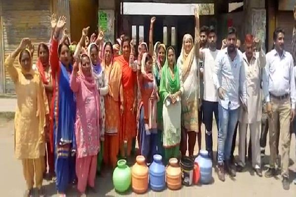 mandi mannva village sacrifice for bhakra dam now face water crisis