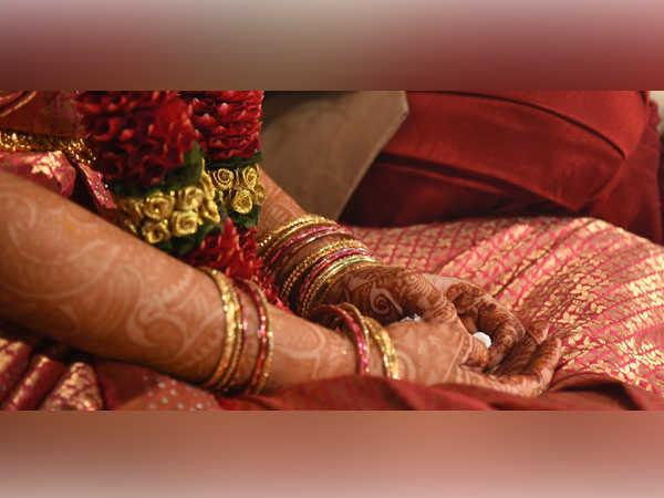 marriage racket run by uk based pakistanis busted