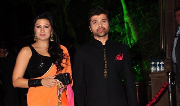 सोनम-नेहा के बाद अब हिमेश बने दुल्हा, लॉन्ग टाइम गर्लफ्रैंड से की शादी!