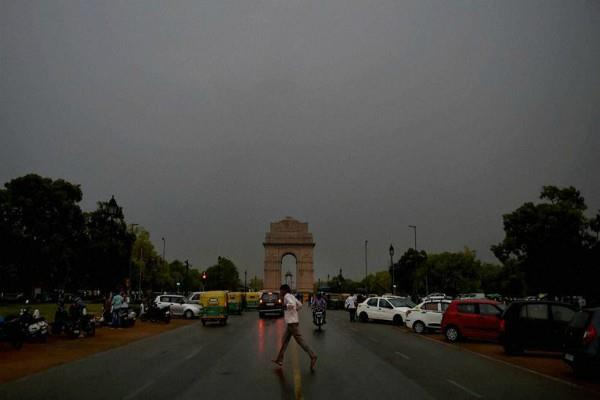 weather department alert again dust storm and rain in delhi