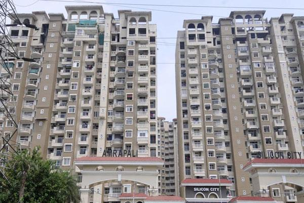 stop the sale of property of amrapali group and sc on transfer