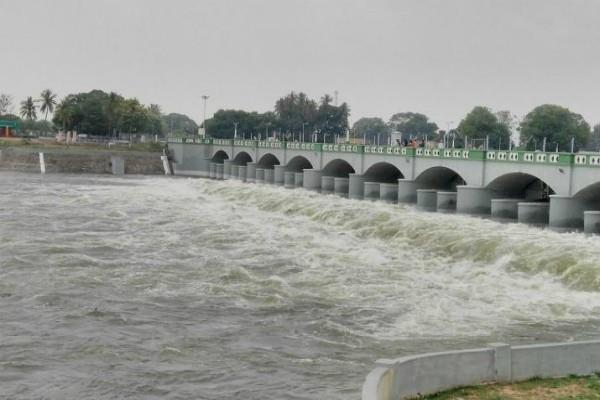 cauvery water dispute sc asks center to file revised scheme
