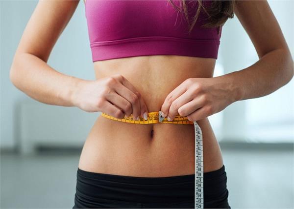 वजन तेजी से घटाना चाहते हैं तो यूं करें अजवाइन का सेवन