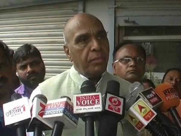 jagadambika pal overturned on the statement given on jinnah of maurya