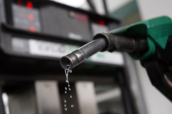 andhra cm asks centre to cut excise on petrol diesel