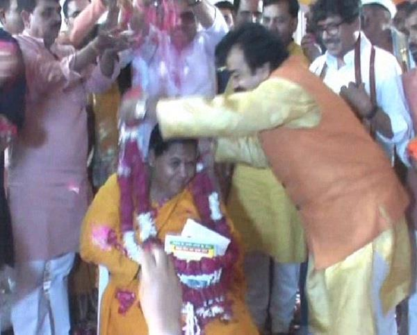 uma bharati celebrates birth anniversary in allahabad